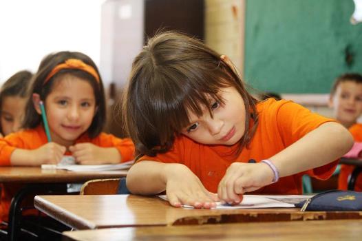 crianca-escola